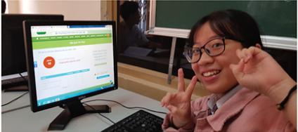 Học sinh cùng trường học thông minh 789.vn